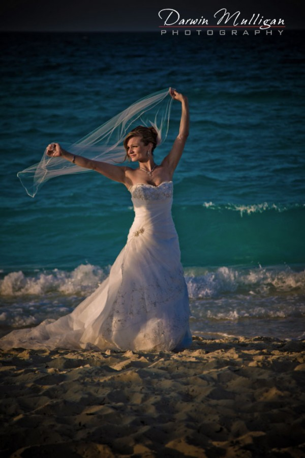 Cuba destination wedding, bride at sunset trash the dress ideas