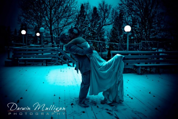 Night time photograph of a winter wedding in Edmonton, Alberta