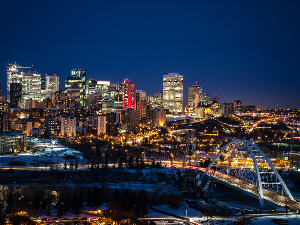 Alberta landscape photography Edmonton-Skyline-at-night-photographed-from-Saskatchewan-Drive